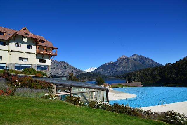 Llao Llao pool