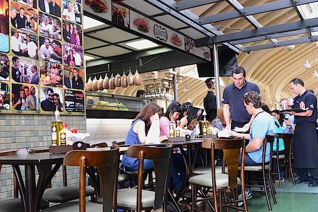 Hocca Bar at Mercado Municipal