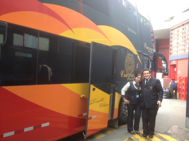 Bus from Lima to Guayaquil
