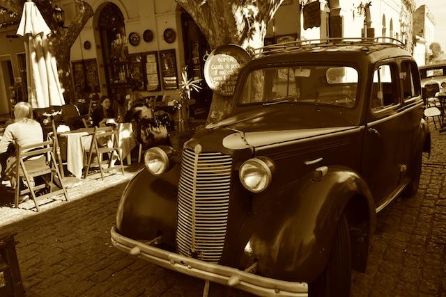 Lots of vintage cars in Colonia del Sacramento