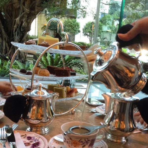 Island Shangri-la afternoon tea