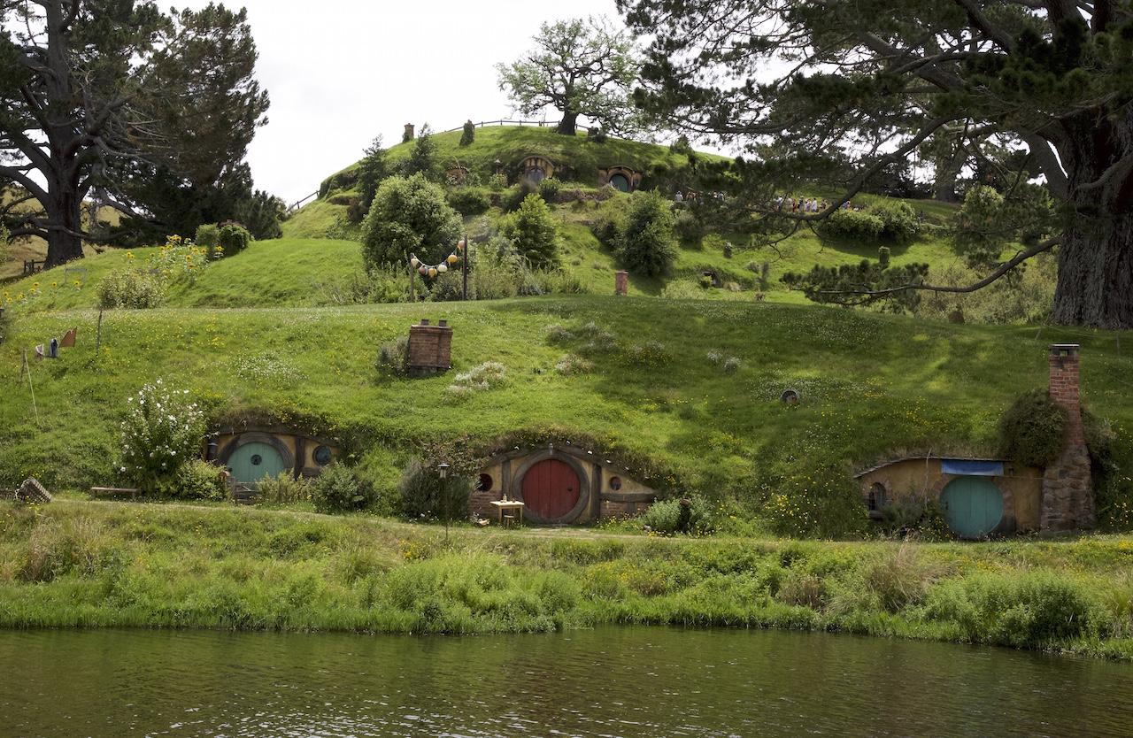 Hobbiton Movie Set Tour Where Fantasy Meets Reality