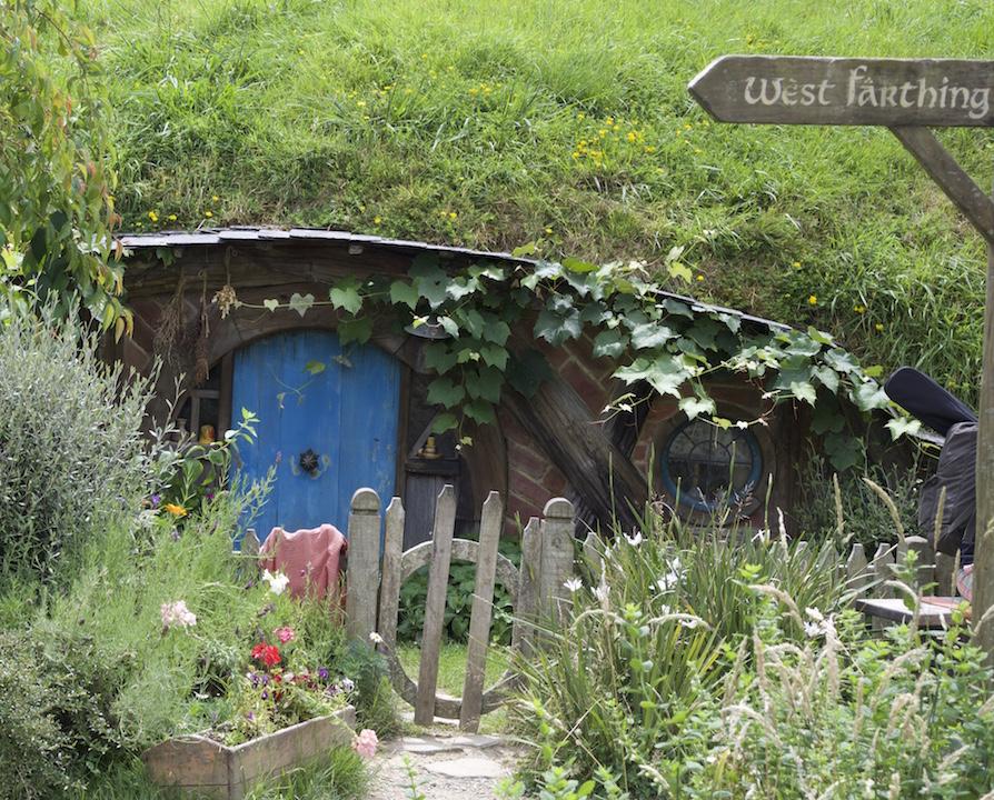 hobbiton movie tour