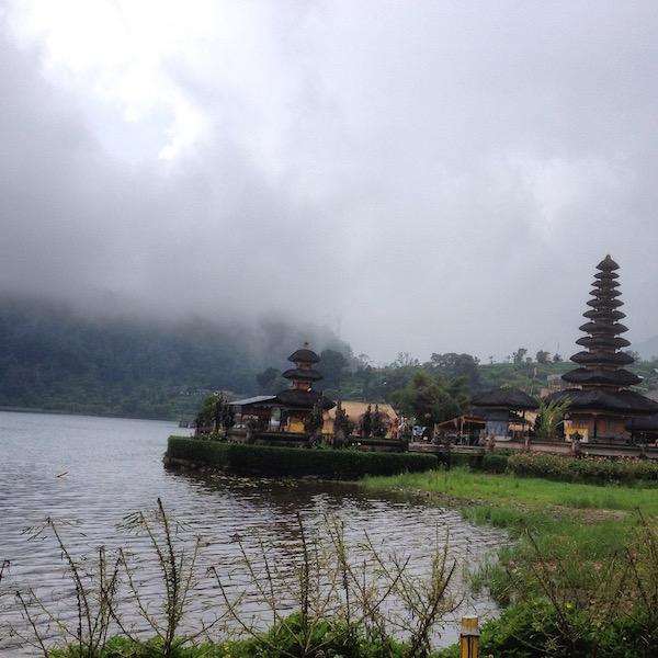 Ulundanu Beratan Temple and the Lake Beratan