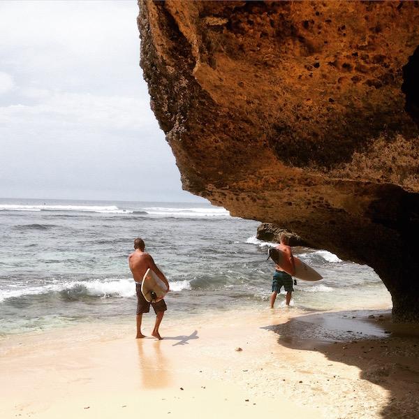 Uluwatu surf beach