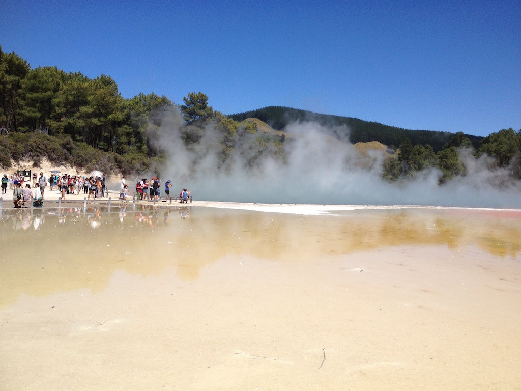 Champagne Pool new Zealand