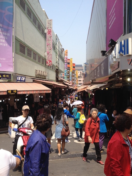 The crowd at Namdaemun Market